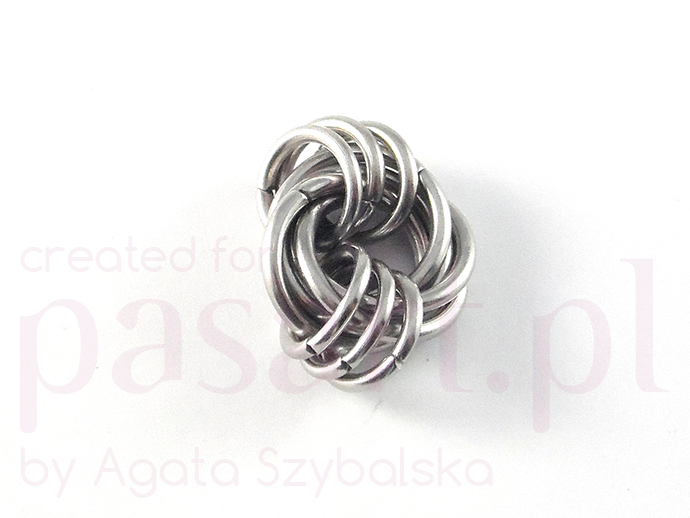 mobius chainmaille